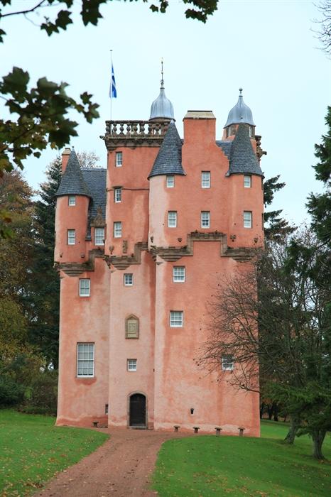 Craigievar Castle By Alford Castles Visitscotland