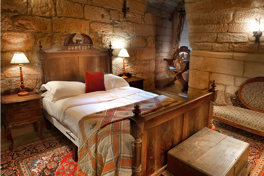 A stone walled bedroom, Dalhousie Castle