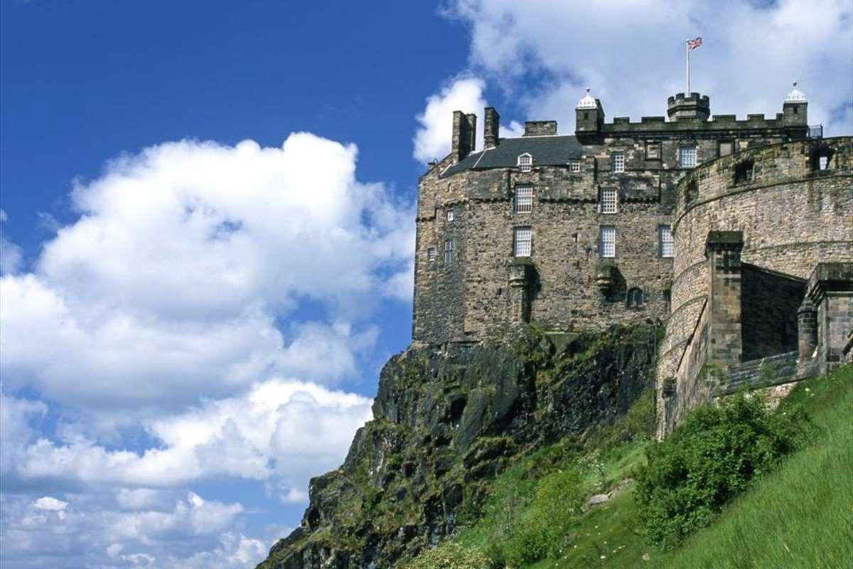 Image gallery edinburgh castle for Travel to edinburgh scotland