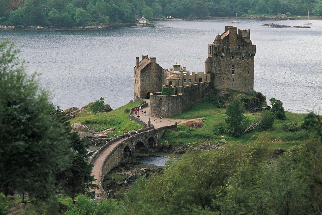1366x768 eilean donan castle - photo #20