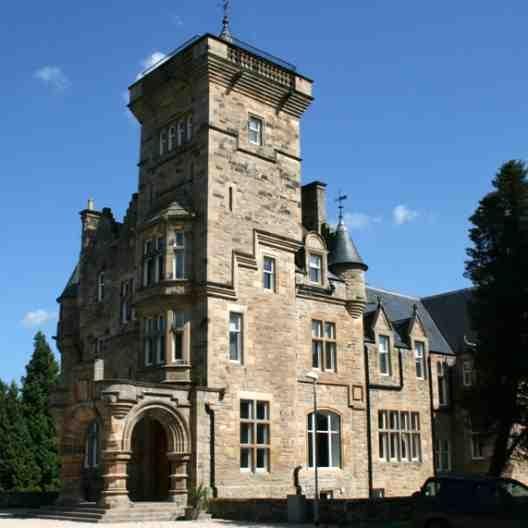 Castle Apartments: Dollarbeg Castle Apartment (059)