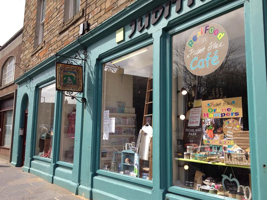 Arts And Crafts Shop Stirling
