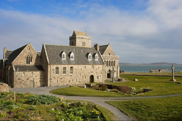 Iona Abbey And Nunnery Isle Of Iona Churches