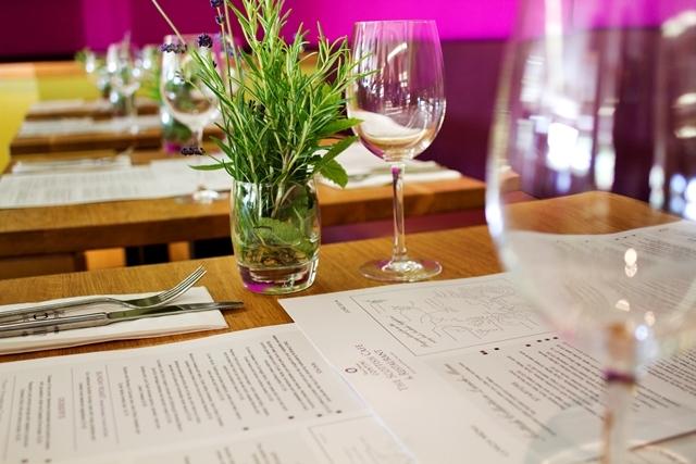 The scottish caf restaurant visitscotland for Table 52 drink menu