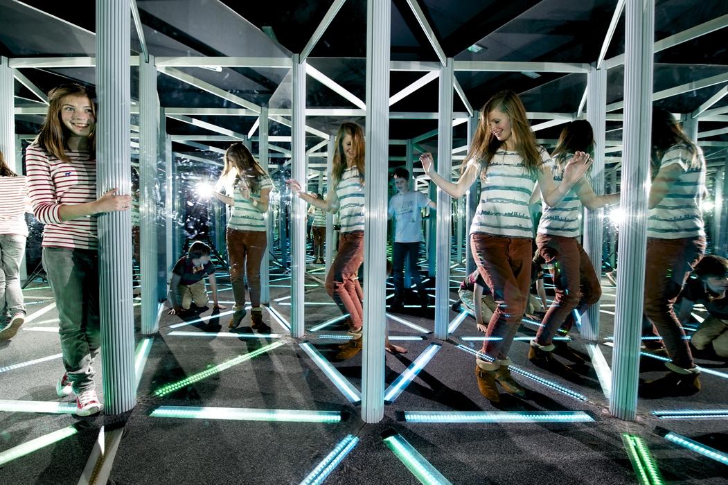 Camera Obscura And World Of Illusions Edinburgh