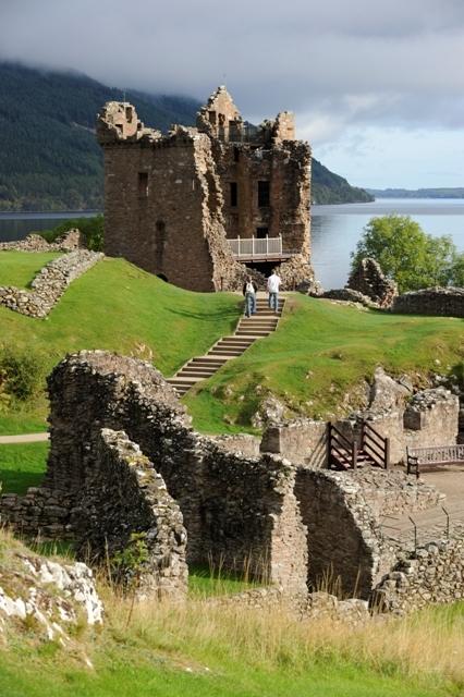 urquhart castle  inverness  u2013 castles
