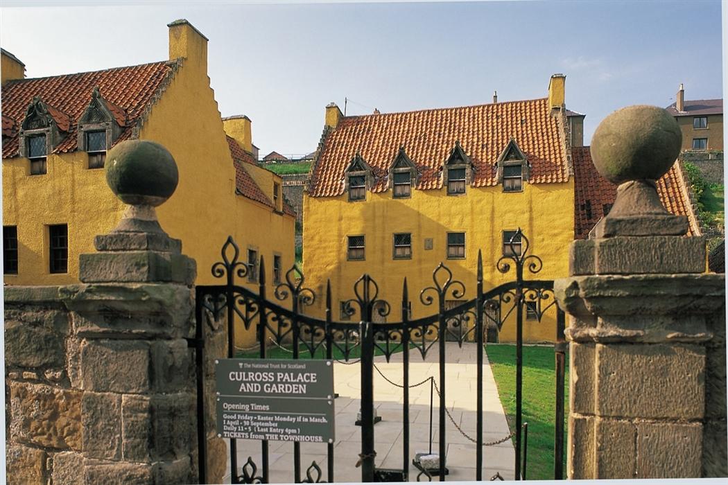 Royal Burgh Of Culross Visitscotland