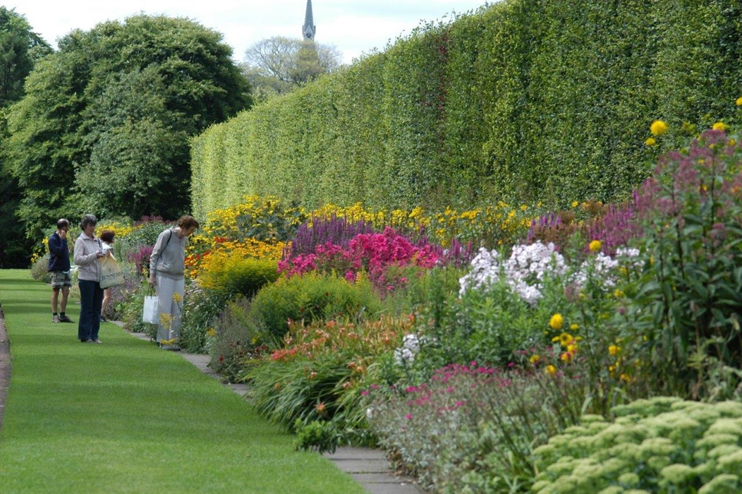 Royal Botanic Garden Edinburgh, Edinburgh - Parks ...