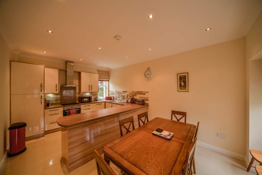 Mackenzie Cottage Kitchen WauChope Living Room
