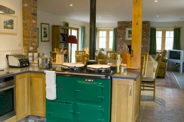 Bluebell croft luxury self catering acharacle self for Luxury kitchens scotland