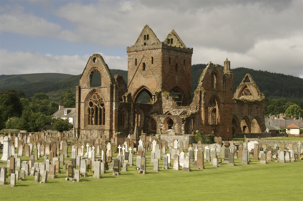 Sweetheart Abbey Visitscotland
