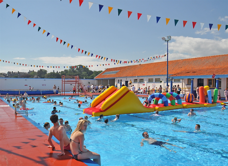 Stonehaven Heated Open Air Swimming Pool Visitscotland