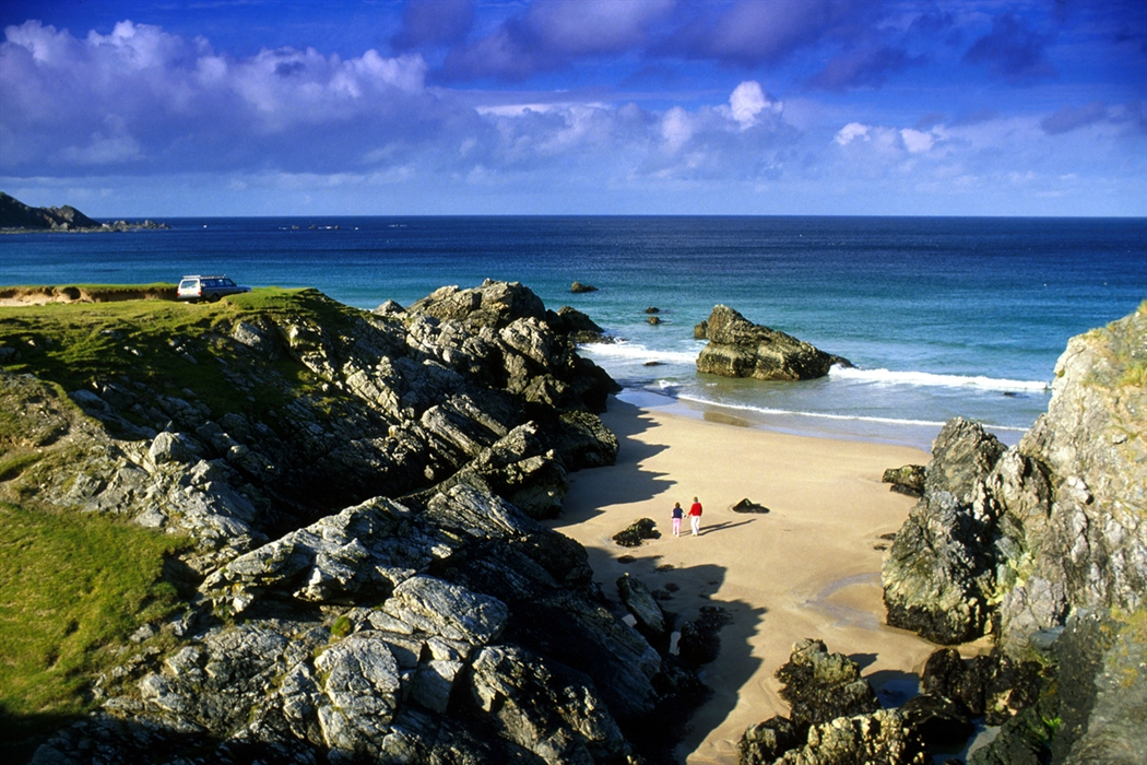 Visitscotland Paul Tomkins All Rights Reserved Looking Down On The Sandy Beach At Sango Bay Where A Are Walking North Of Durness Sutherland